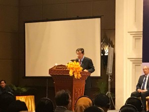 2019 Cambodia outlook conference に高橋会長 出席2