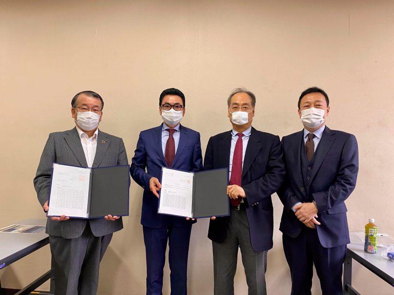 大阪市とともにカンボジアにゴミ収集車を寄贈