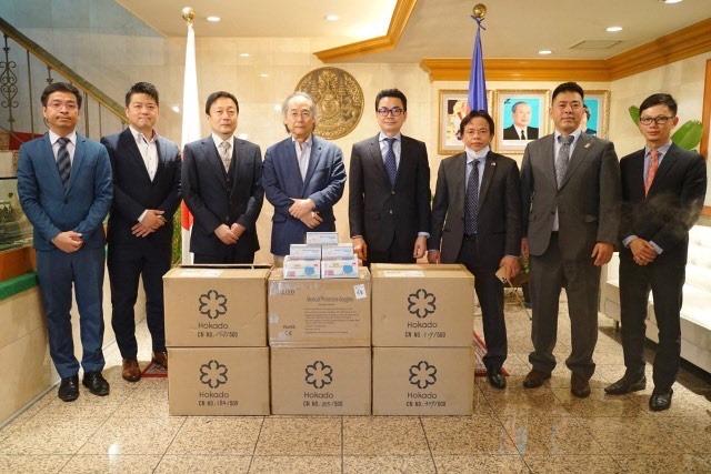 駐日カンボジア王国大使館にサージカルマスク10,000枚を寄贈